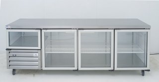 glass-door-underbar-range-swing-door_self-contained-cabinet-2-4-3-5-door